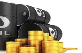 Giá xăng dầu hôm nay 18/5 tăng mạnh, dầu Brent lên mức 70 USD